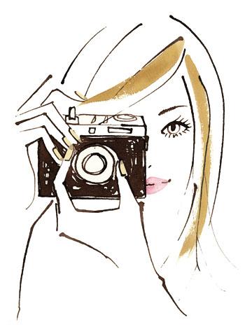 編集プロダクションを経て1999年、フリーランスへ。イラストレーターとして本格的に活動。現在は広告、書籍、Web、ファッション雑誌にてイラストを寄稿している。